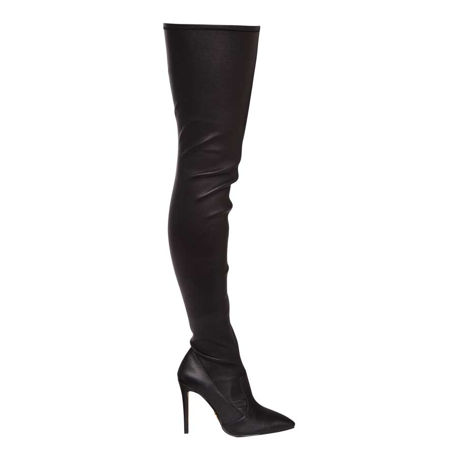 BLACK-LEATHER-BOOTS